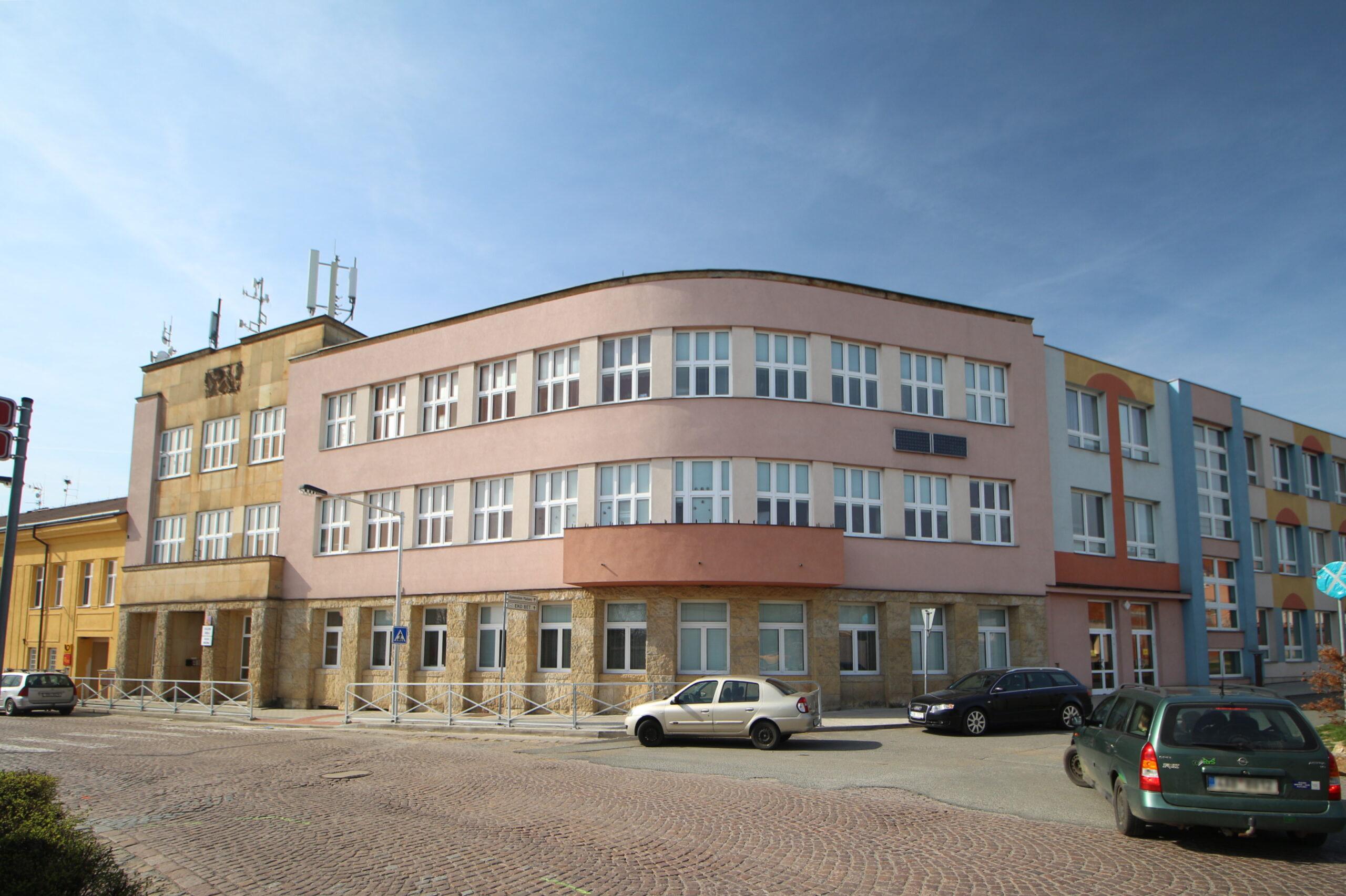 Základní škola Plaňany
